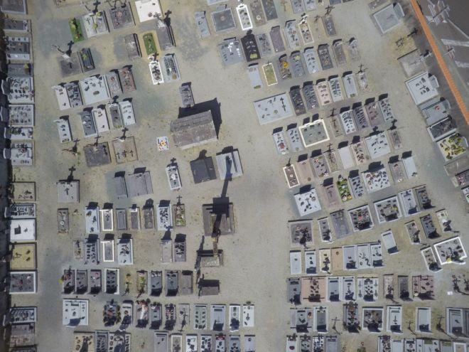 cimetière utilisation drone