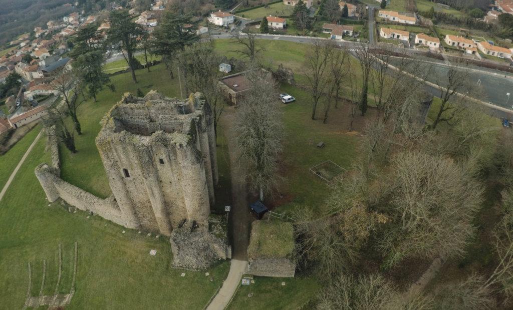 Drone Vendee Chateau Pouzauges